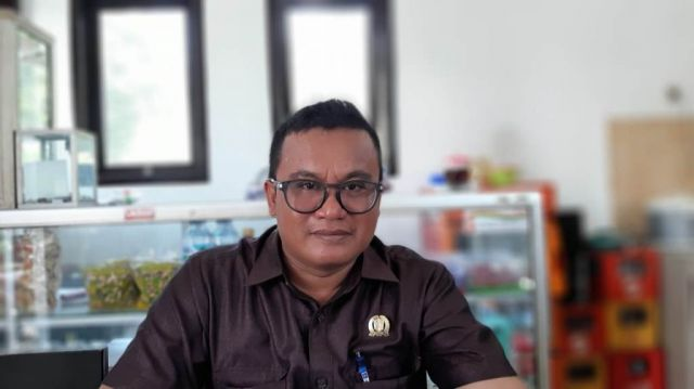 Idris Marzuqi DPRD Lumajang 2 Periode Tetap Setia Jadi Pengepul Semangka