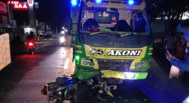 Tak Waspada, Pemotor Tewas Tabrakan di Jalan Slamet Riyadi Lumajang