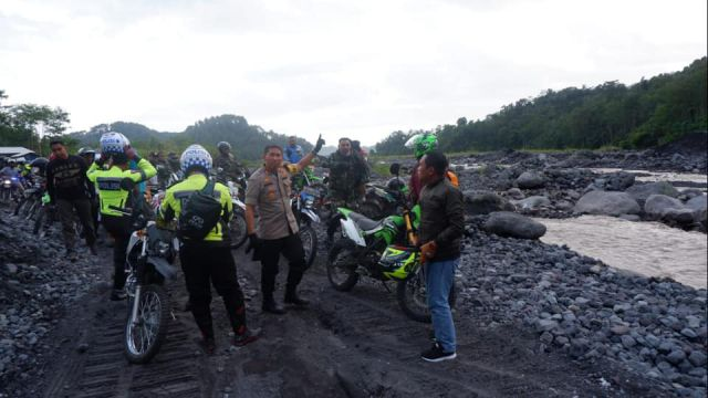 1 September 2019 Jalur Khusus Tambang Pasir Lumajang Difungsikan