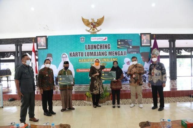 Bupati dan Wabup Launching 6.200 Kartu Lumajang Mengaji