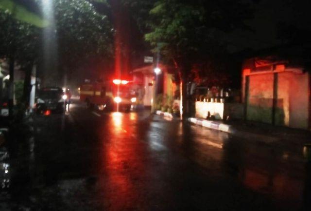 Api Berkobar Hanguskan Rumah di Jalan Ciliwung Lumajang