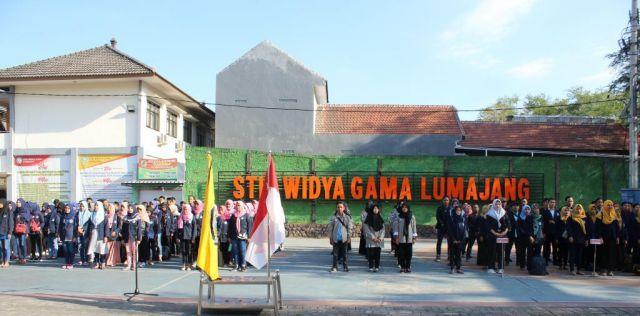 STIE Widya Gama Sebar Ratusan Mahasiswa KKN di Sepuluh Desa