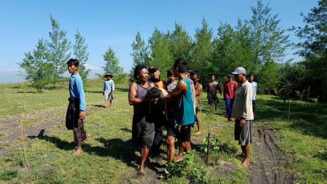 Cari Eceng Gondok, Dua Warga Wotgalih Tenggelam di Muara Sungai