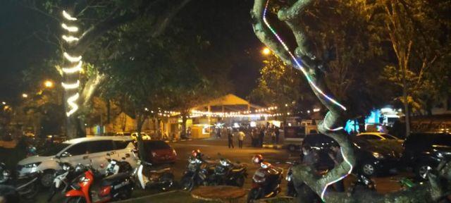 Asyiknya Ngopi di KWT Night Tourism Lumajang