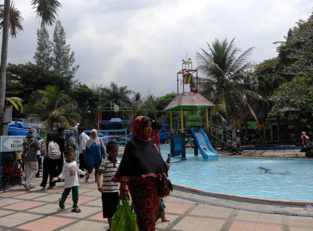 Water Park KWT Wonorejo Jadi Jujukan Wisata Keluarga AKhir Pekan