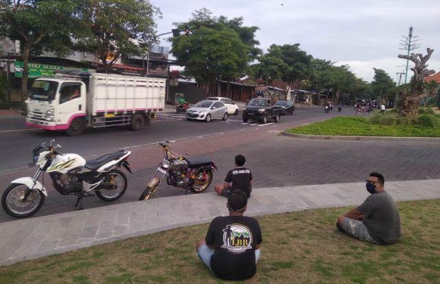 Komunitas Perantau Lumajang Bali Bersatu Pilih Tak Mudik