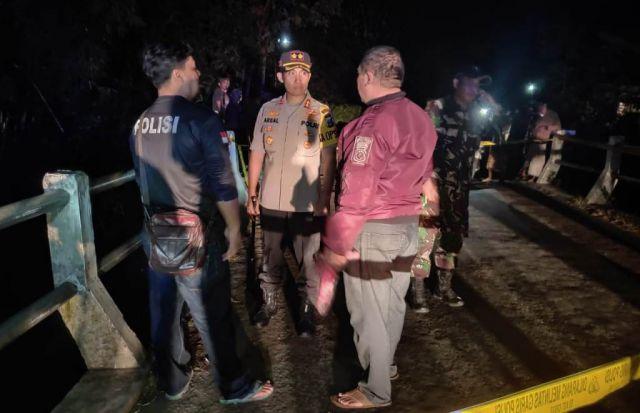 Tim Cobra Lumajang Olah TKP Begal Sadis di Ranu Klakah
