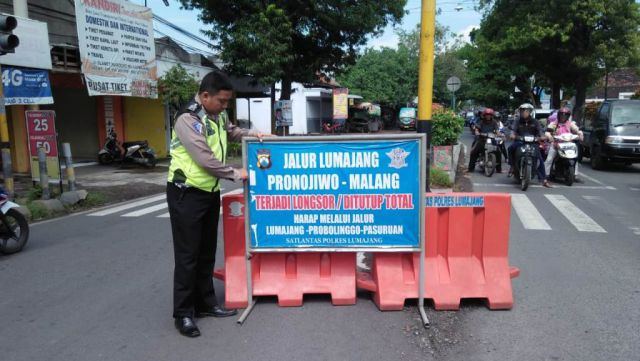 KM 57 Piket Nol Longsor Arus Menuju Malang Dialihkan Lewat Probolinggo