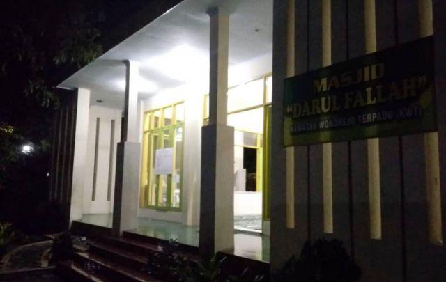 Air Wudhu Masjid Darul Falah KWT Mati Dikeluhkan Pengunjung Loemadjang Djadoel