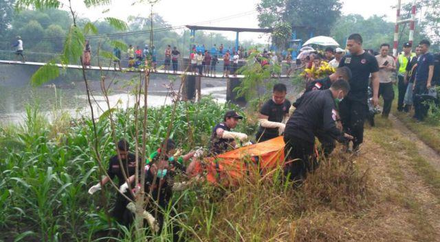 Mayat Seorang Pria Mengambang di Dam Sungai Tekung