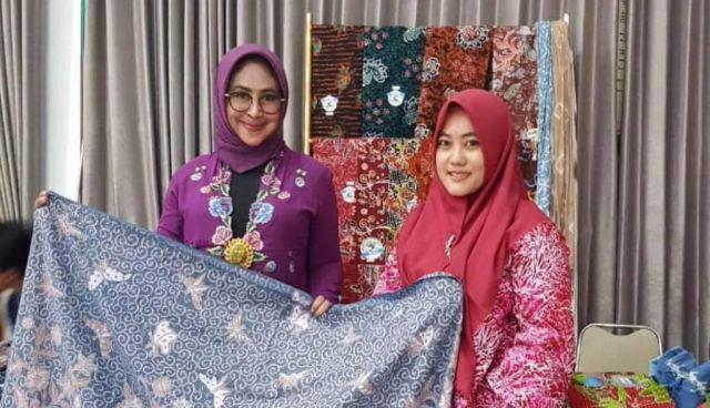 Batik Menak Koncar Lumajang Terus Berinovasi di Masa Pandemi Covid 19
