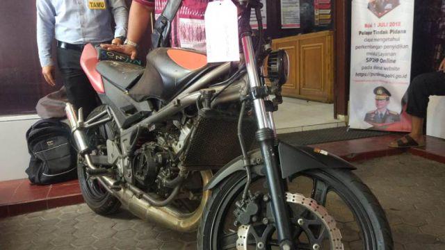 Hilang di Sidoarjo 2012 Sepeda Ninja Ditemukan di Kalidilem Lumajang