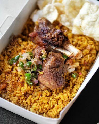 Nikmatnya Nasi Kebuli, Kuliner Timur Tengah yang Hits di Lumajang