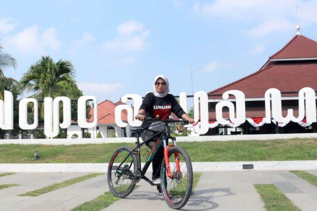 Oktafiyani Wakil Ketua DPRD Lumajang Ajak Masyarakat Rutin Olahraga