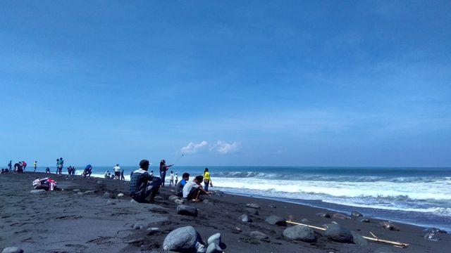 H+3 Pantai di Lumajang Diprediksi Mulai Dipadati Wisatawan