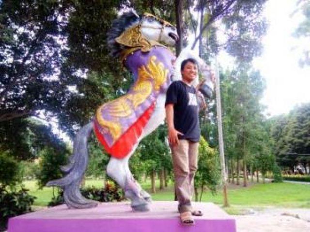 Patung Kuda Kencak Alun-alun Dipindah ke Pintu Masuk Lumajang di Ranuyoso