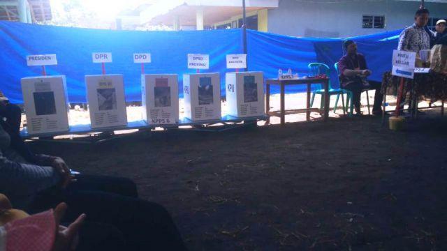 Proses Pemungutan Suara Adem Ayem di Lumajang