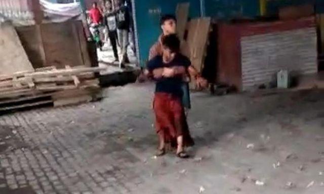 Seorang Pemuda Ditikam Depan Kos Wanita Jalan Sukarno-Hatta Lumajang
