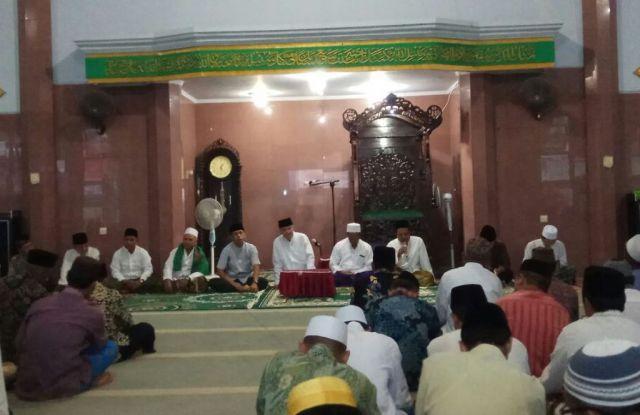 Safari Ramadhan, Plt Bupati Lumajang Ajak Warga Tak Golput