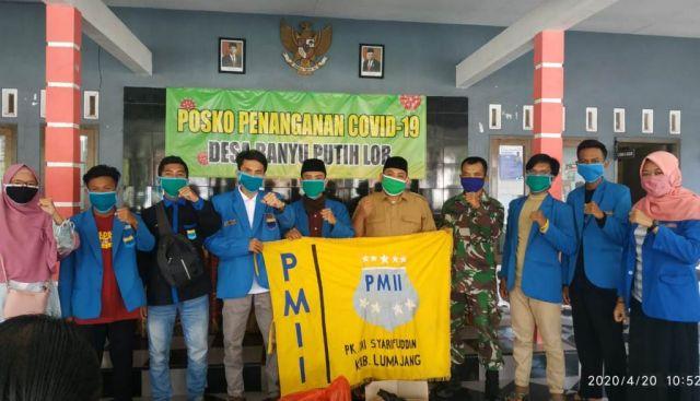 PMII Syarifuddin Lumajang Salurkan Sembako Bagi Warga Banyuputih Lor