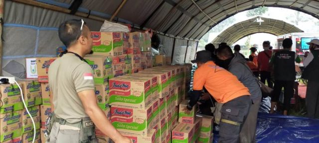 Logistik Pengungsi Warga Terdampak Erupsi Gunung Semeru Tercukupi