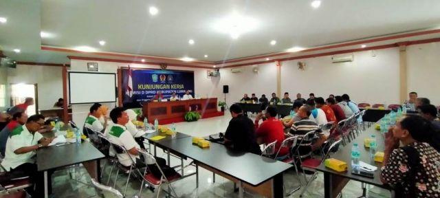 Komisi D DPRD Bertemu KONI dan Askab PSSI Lumajang