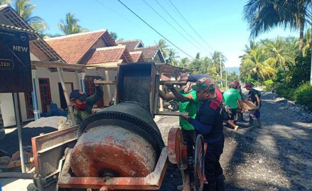 Warga Purorejo Lumajang Pilih Bangun Jalan Secara Swadaya