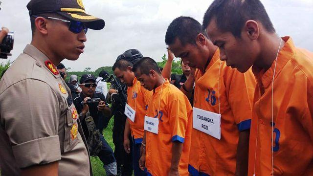 Polisi Rekonstruksi Pemerkosaan Gadis Kunir Dikebun Singkong