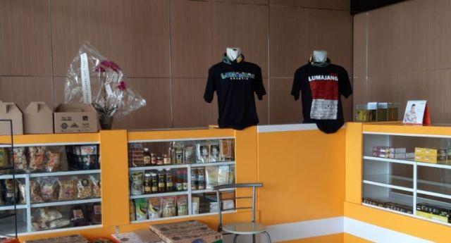 Rumah Alta Store Jual T-Shirt dan Produk Olahan UMKM Lumajang
