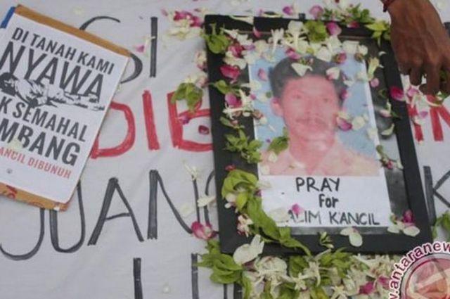 #menolaklupa 1.000 Hari Terbunuhnya Salim Kancil, Korban Tambang Pasir Besi
