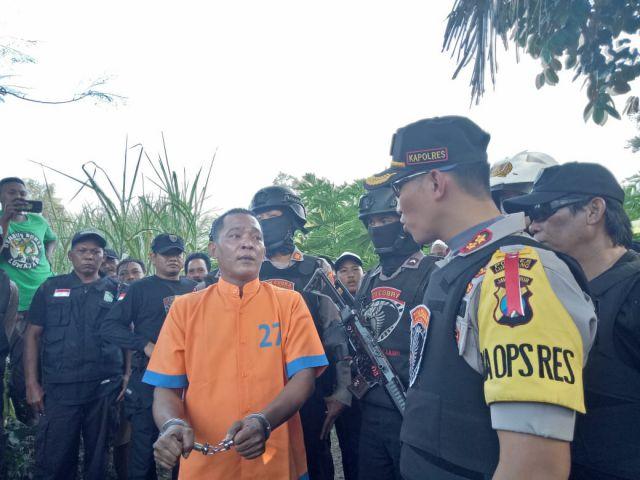 Polres Lumajang Rekontruksi Pelaku Spesialis Pencurian Motor Kebun di Boreng