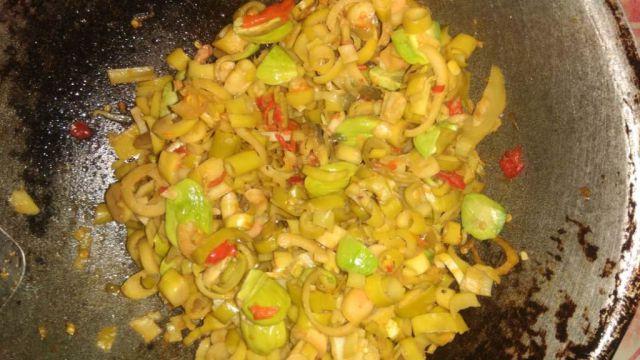 Sayur Bung Nanap Mulai Dikenalkan Sebagai Kuliner Khas Gunung Wayang