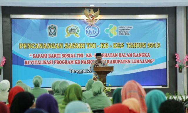 Bersama TNI, Sekda Lumajang Canangkan Safari KB Kesehatan 2018
