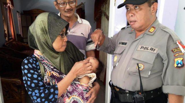 Warga Diteror Serangan Kera Liar Polres Lumajang Langsung Turun Tangan