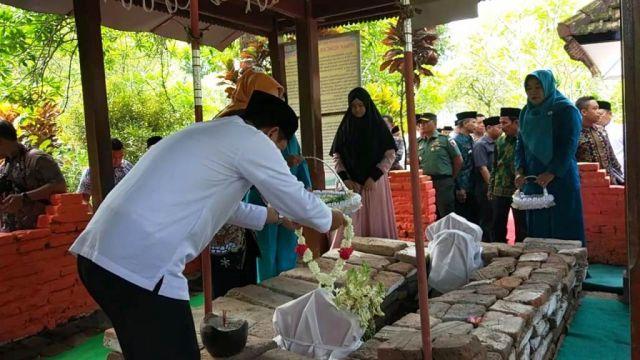 2020 UGM dan UIN Surabaya Akan Teliti Sejarah Lamajang Tigang Juru