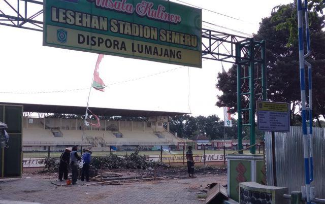 Tribun Timur Stadion Semeru Lumajang Mulai Dibangun