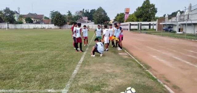 Stadion Semeru Segera Dilengkapi Lampu Sorot