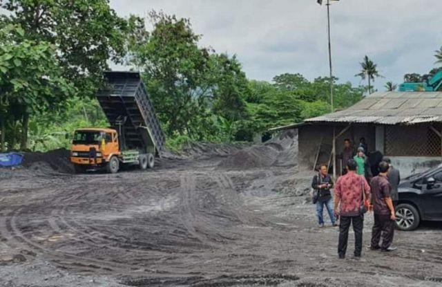 Komisi C Dapati Banyak Stockpile Pasir Dikuasai Orang Luar Lumajang