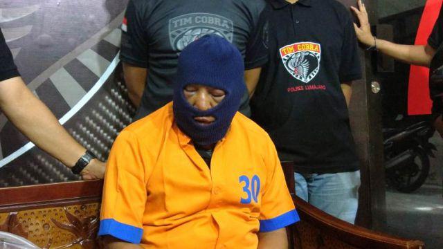 Muka Sugeng Sang Bapak Bejat Babak Belur Dihajar Tahanan Polres Lumajang