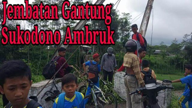 Video : Jembatan Gantung Sukodono Lumajang Putus