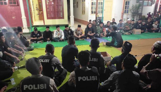 AKBP Arsal dan Tim Cobra Lumajang Takziah 7 Hari Korban Begal Warga Jember