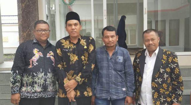 Kades Ranuwurung Lumajang Ajak Perangkat Bersama Membangun Desa
