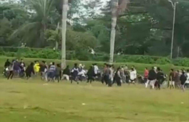 Viral, Video Ngabuburit Berujung Tawuran di Lapangan Jatiroto Lumajang