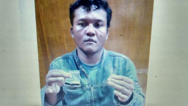 Usai Pesta Sabu, Warga Probolinggo di Tangkap Polisi di Depan Pabrik Kayu