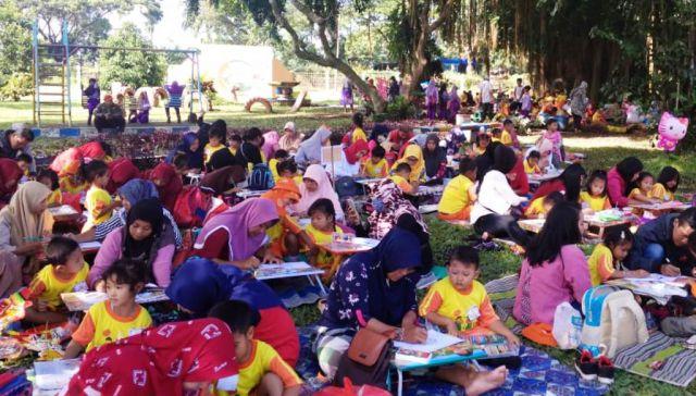 Ratusan Siswa TK Pembanguna PG Jatiroto Ikuti Lomba Bina Kreativitas