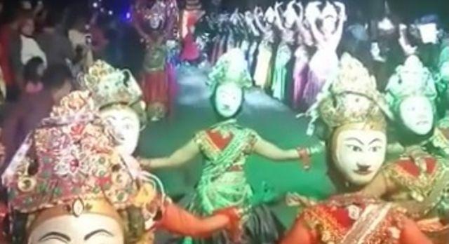 Tari Topeng Dedari, Lumajang Raih 3 Penyaji Terspecta di Jatim Specta Night Carnival 2017