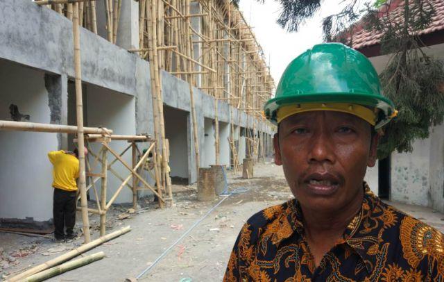 Pembagunan Tribun Timur Stadion Semeru Lumajang Hampir Rampung