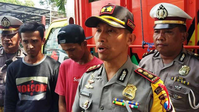 Video Viral..! Polres Lumajang Amankan Sopir Truck Oleng Mama Goyang