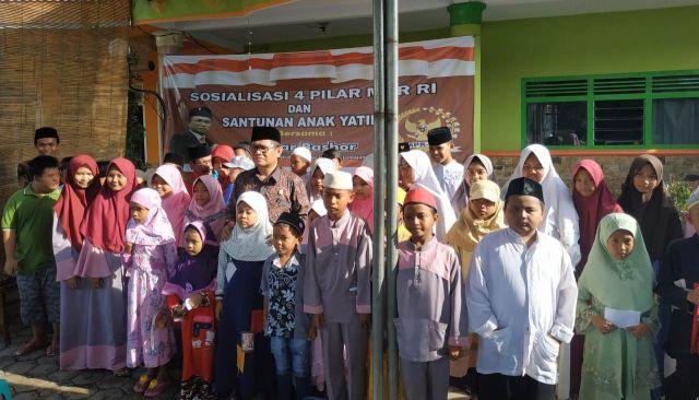 Umar Bashor Anggota MPR RI Sosialisasi 4 Pilar Kebangsaan di Lumajang