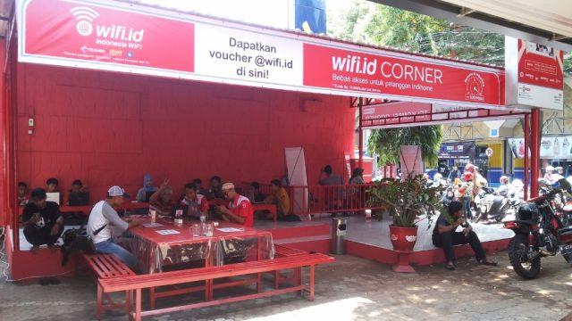 Internetan Anti Lemot, Wifi Corner Hadir di 7 Kecamatan